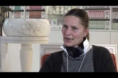 Embedded thumbnail for SAGA ENTREPRENEURS - INTERVIEW D'ISABELLE MASSON-MANDONNAUD, CRÉATRICE DE LA MAISON SABÉ MASSON